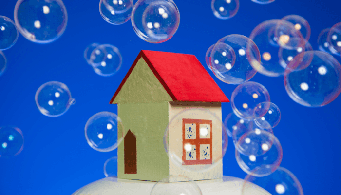 the australian housing bubble Australia is in the midst of the greatest credit-fuelled real estate bubble the country has ever seen when it pops it's going to devastate the economy, and quite possibly take the big banks with it.