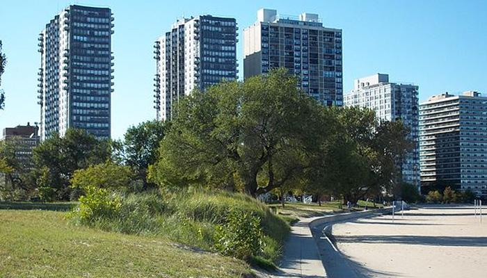 What are the Current Market Conditions for Edgewater? (Source: wikimedia.commons)