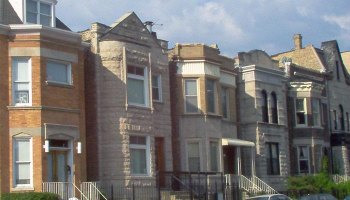 What Are the Challenges of Converting a Chicago Two-Flat? (Wikimedia Commons)